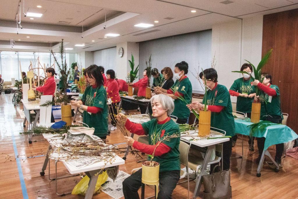 生花に取り組む千葉県支部